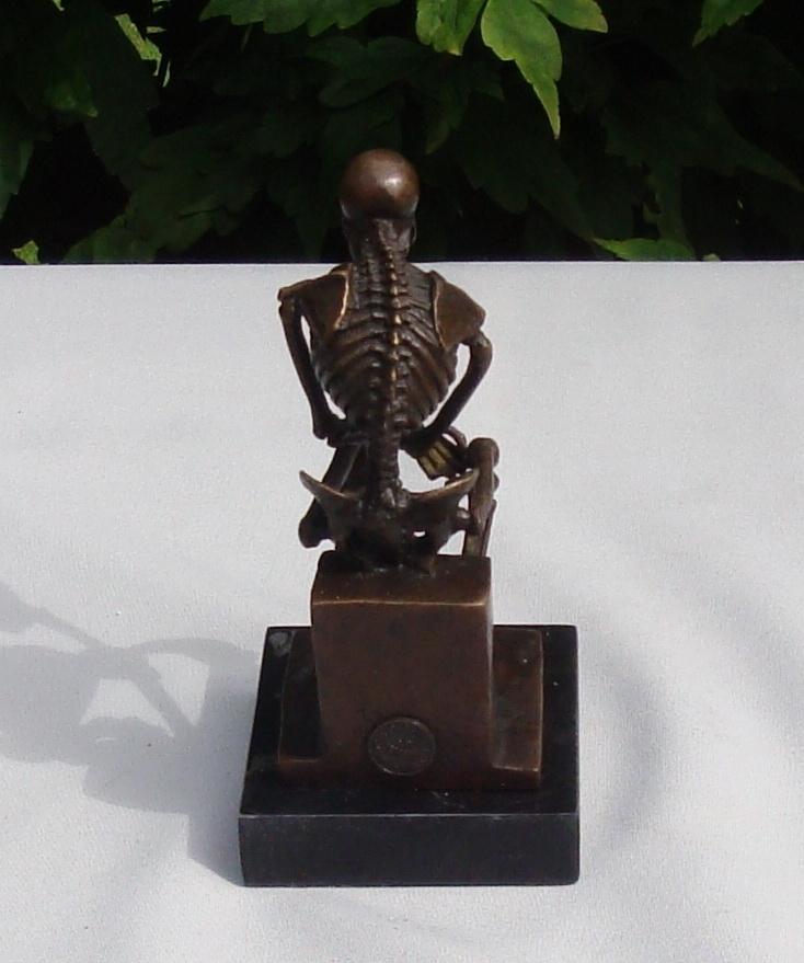 statue sculpture the thinker art deco style art nouveau. Black Bedroom Furniture Sets. Home Design Ideas